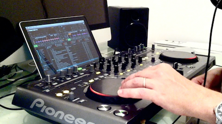 How To Digital DJ Fast Beatmatching screengrab